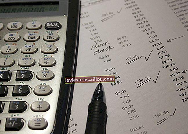 ההבדל בין חשבונות חייבים לחשבונות